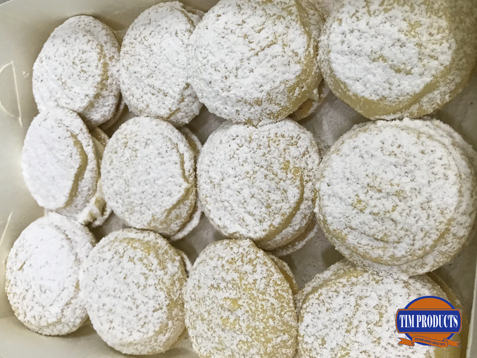 Passionfruit melting moments with icing sugar (12pcs)